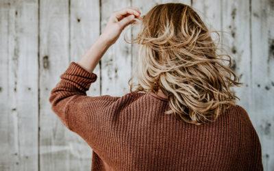 Come trattare i capelli nei cambi di stagione